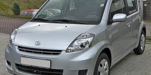 Daihatsu Boon    Sirion M300 2004
